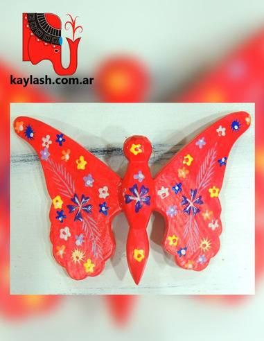 Mariposas coloridas en madera Origen: Indonesia