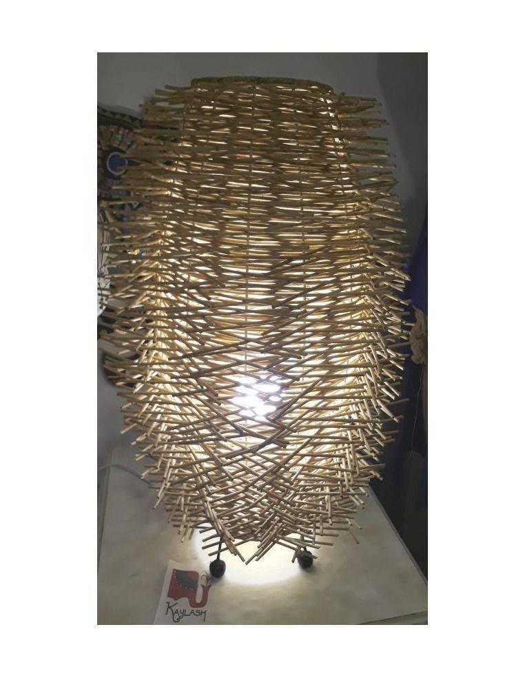 Lámpara de ratan, de pie, 60cm Origen: Indonesia